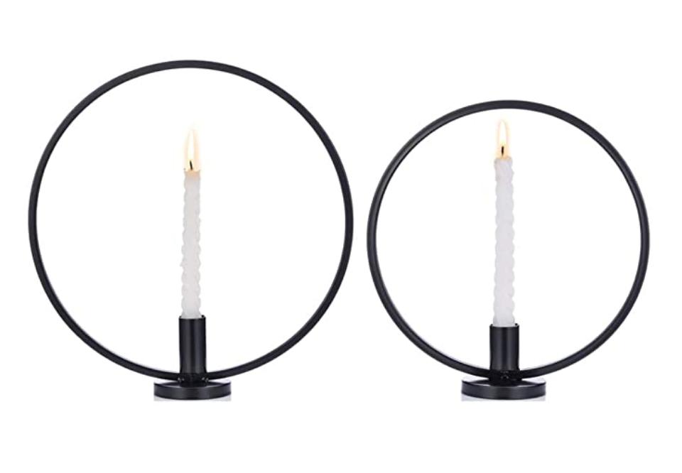 kreisrunde Kerzenständer